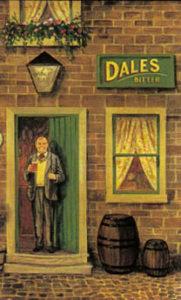 Gastwirt steht am Eingang des Pubs