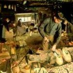 Holzschuhmacher, Holzschuh