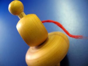 Spielzeug, Kreisel, Holzkreisel, Holzspielzeug