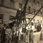 sw-Foto: einige Straßenarbeiter schauen in die Kamera