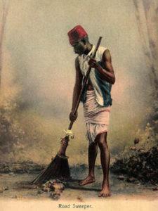 indischer Straßenfeger, Straßenreinigung, Straßenkehrer