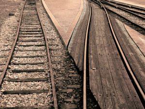 Schwellen, Gleise, Schienen