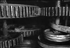 Papiermühle, Getriebe, Zahnräder