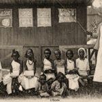 Lehrerin, Schüler, Schülerinnen, Afrika