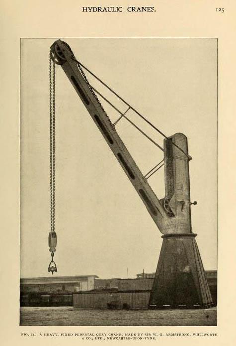 altes Foto: feststehender, drehbarer Hafenkran