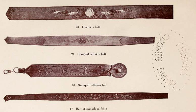 vier Gürtel aus Leder