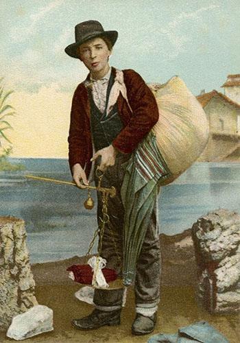 Farblitho: ital. Tabak- und Zigarrenhändler mit großem Quersack - 1900