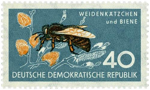 Briefmarke mit Biene
