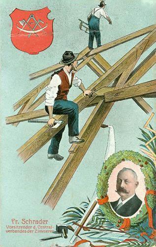 Zimmerleute beim Bau des Dachgerüstes
