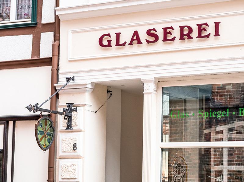 Foto: Eingang Glaserei